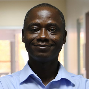 Dr. Eric Akobeng